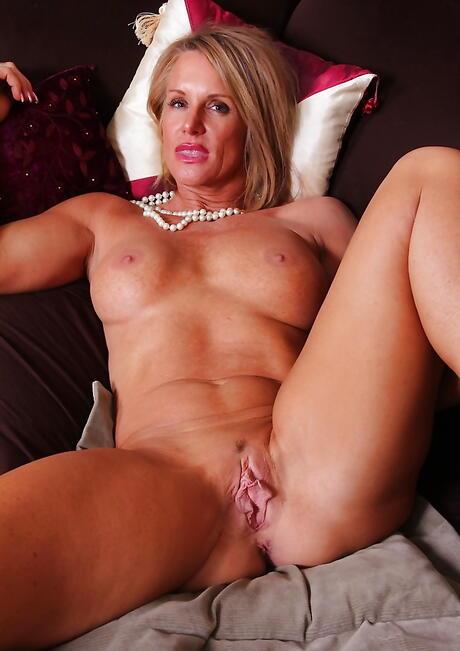 Vagina Milf Porn