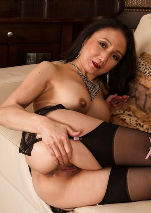Chinese Milf Porn