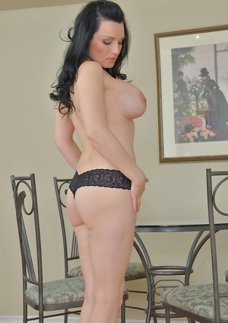 Brunette Milf Porn