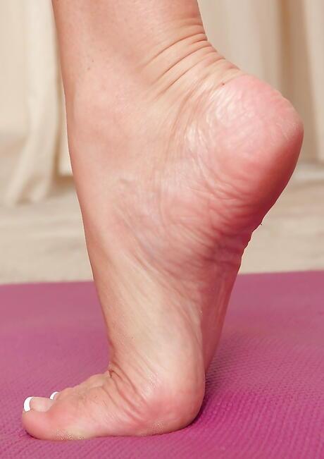 Feet Milf Porn