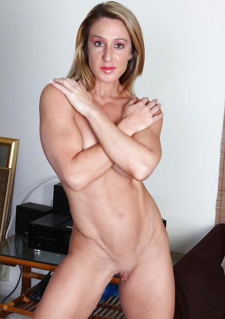 Bodybuilder Milf Porn