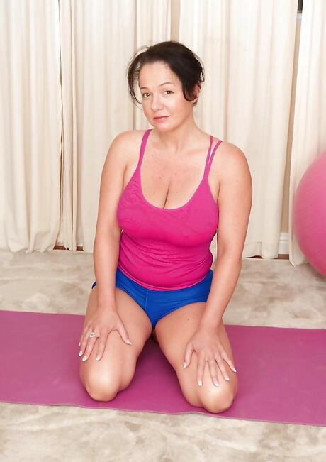 Fitness Milf Porn
