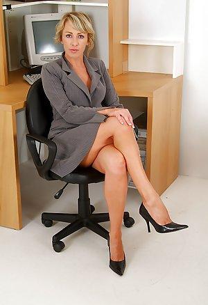 Secretary Milf Porn