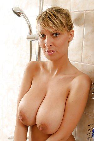 Bath Milf Porn