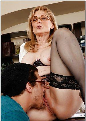 Pussy Lick Milf Porn