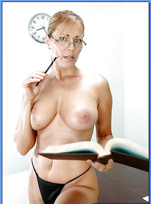 Glasses Milf Porn