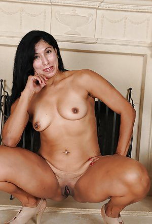 Piercing Milf Porn