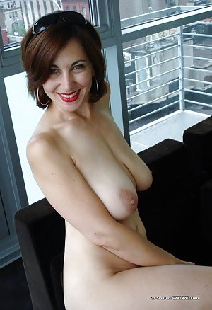 Saggy Tits Milf Porn