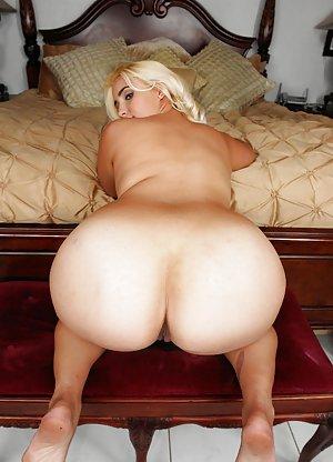 Booty Milf Porn